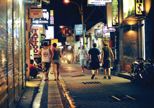 kuta-nightlife-1